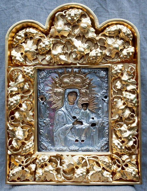 Икона Богородицы «Одигитрия», 18 век, после реставрации, в окладе